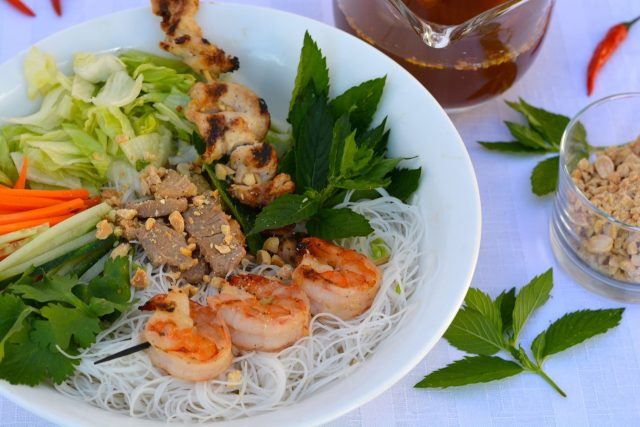 Vietnamese Rice Noodle Bowl with Lemongrass Chicken, pork and shrimp served with nuoc cham.
